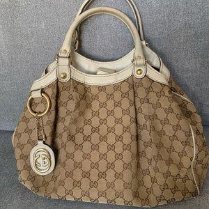 AUTHENTIC Used Gucci handbag